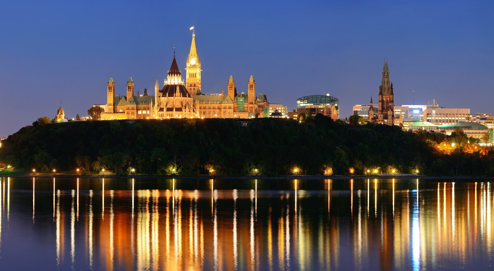 Canadian Cloud Backup | Our Company Page | City of Ottawa skyline at night